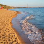 Пляж в районе Керчи